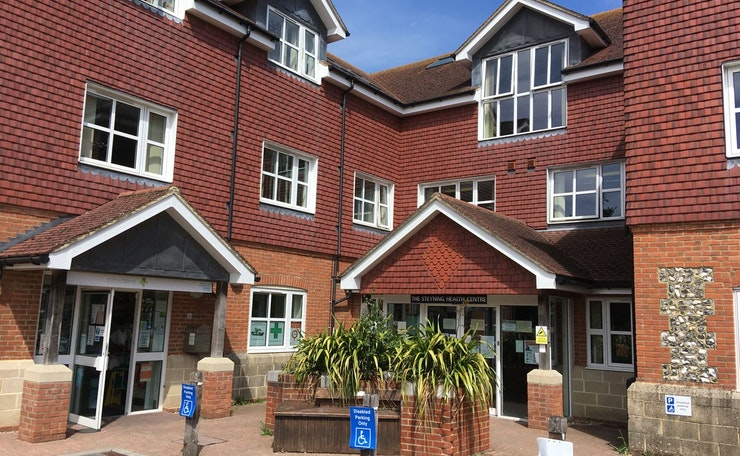 Exterior of Steyning health centre